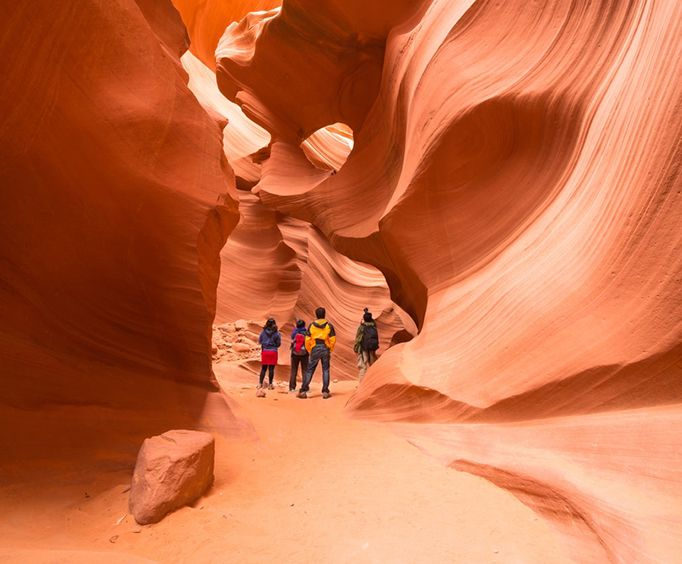 Antelope Canyon and Glean Canyon Scenic Tour from Flagstaff