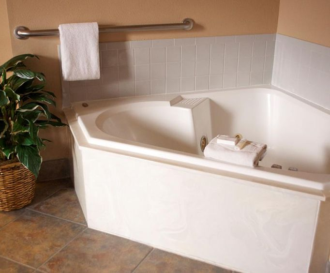 Photo of Hampton Inn  Suites Flagstaff Jacuzzi Room