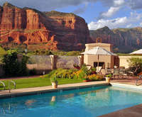 Outdoor Swimming Pool of Canyon Villa Inn with the View Bed & Breakfast