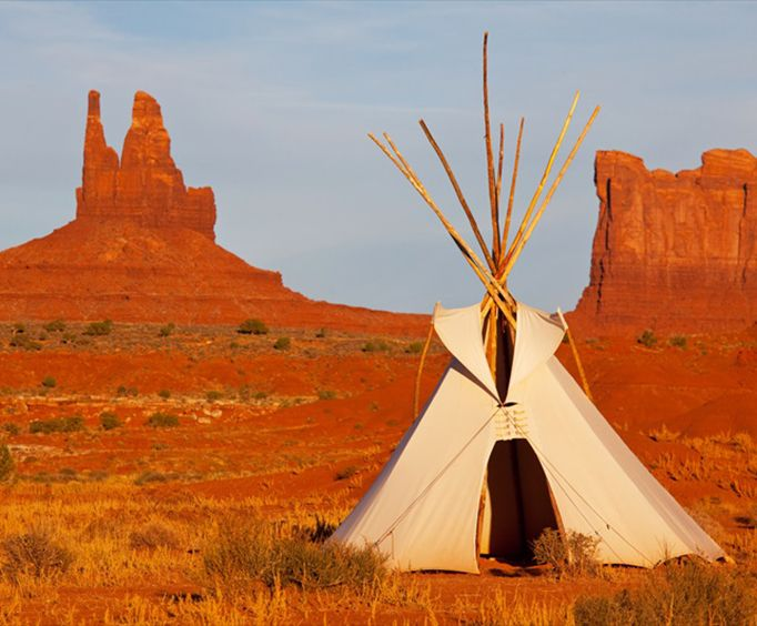 Monument Valley Tribal Park and Navajo Indian Reservation with Lunch Full Day Tour