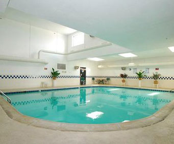 Quality Inn Tech Center Indoor Swimming Pool