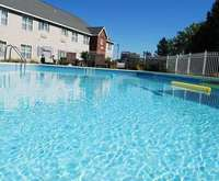 Outdoor Swimming Pool of Cresthill Suites East Syracuse