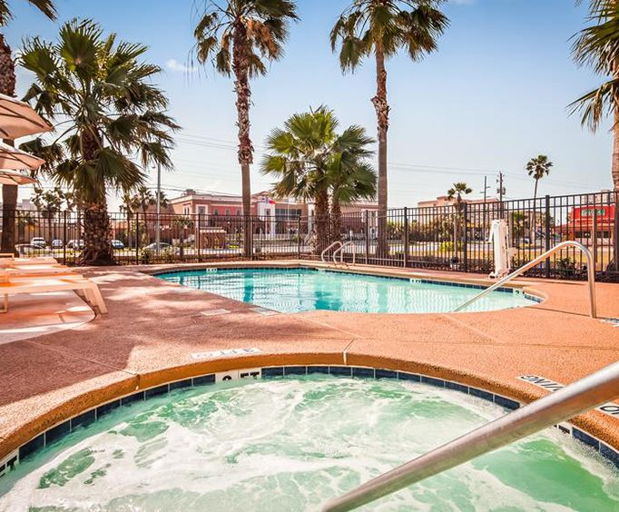 Outdoor Pool at Beachside Inn South Padre Island