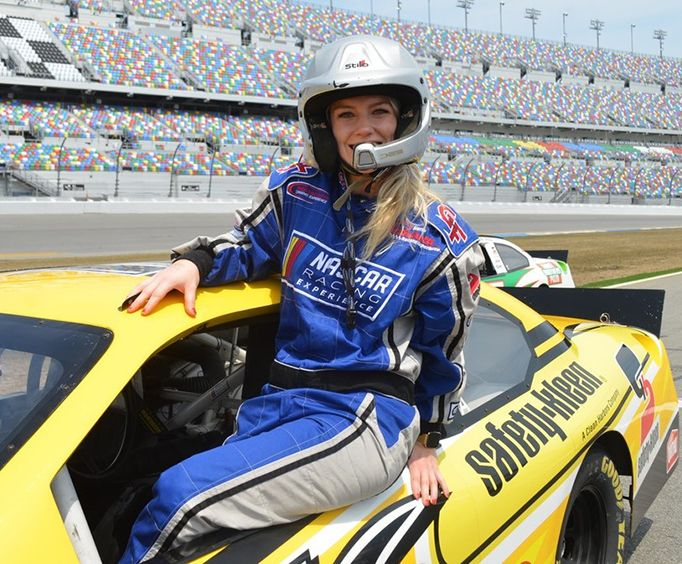 Experience the Richard Petty Driving Experience at Daytona International Speedway