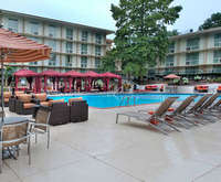 St. Louis Airport Marriott Indoor Pool