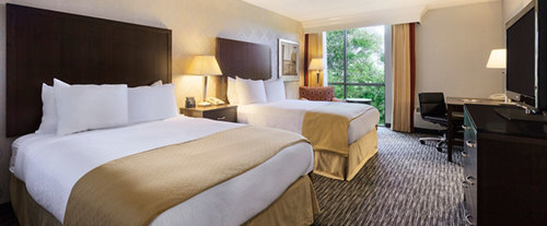 Room Photo for DoubleTree by Hilton Hotel Detroit - Dearborn