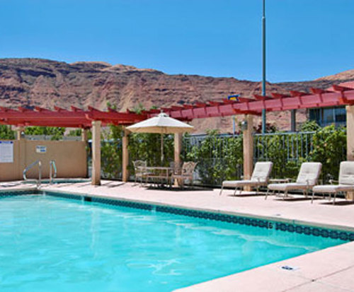 Outdoor Pool at Ramada Moab Downtown