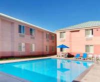 Moab Pet Friendly Hotels Outdoor Pool At Sleep Inn