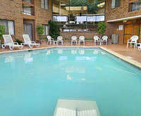 Outdoor Swimming Pool of Best Western Plus Landmark Inn & Pancake House