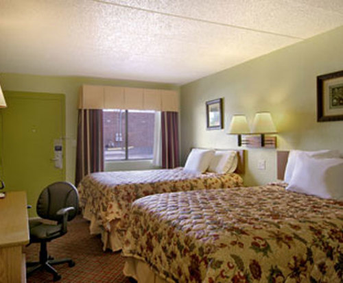 Photo of Days Inn and Suites Springfield Room