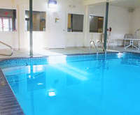 Kansas City, MO Hotels with Indoor Pool