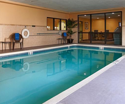 BEST WESTERN PLUS Kansas City Airport-KCI East Indoor Swimming Pool