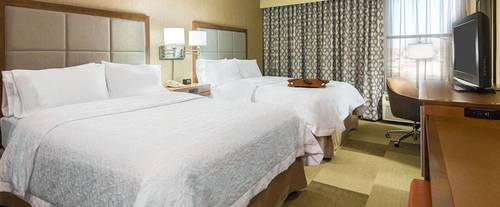 Room Photo for Hampton Inn Airport/ Galleria Mall