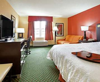 Photo of Hampton Inn & Suites Cleveland/Independence Room