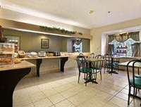 Microtel Inn & Suites by Wyndham Florence/Cincinna Dining