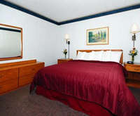 Photo of Quality Inn & Suites Downtown Room