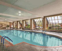 Hyatt On Main Green Bay Indoor Swimming Pool
