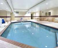 Minneapolis Hotels with a Hot Tub or Whirlpool