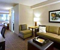 DoubleTree Suites by Hilton Hotel Minneapolis MN Dining