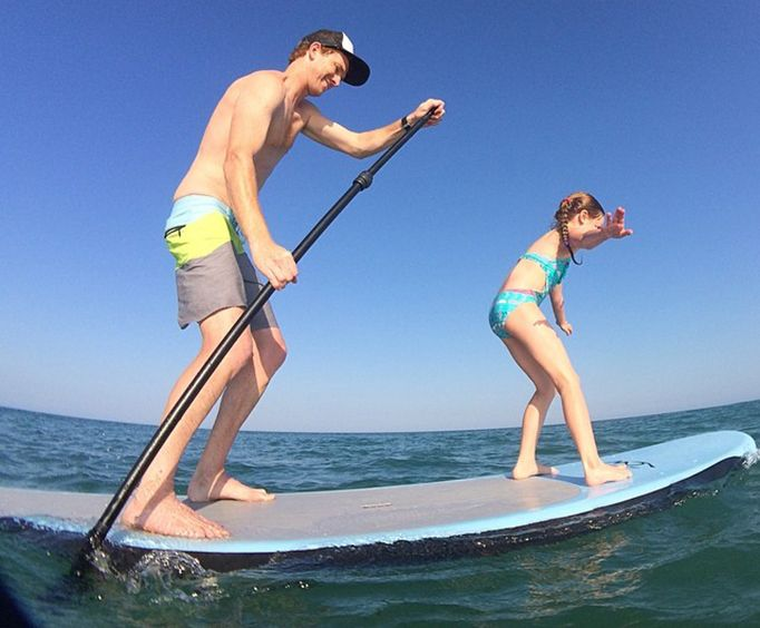 Enjoy an Outer Banks Paddleboard Rental