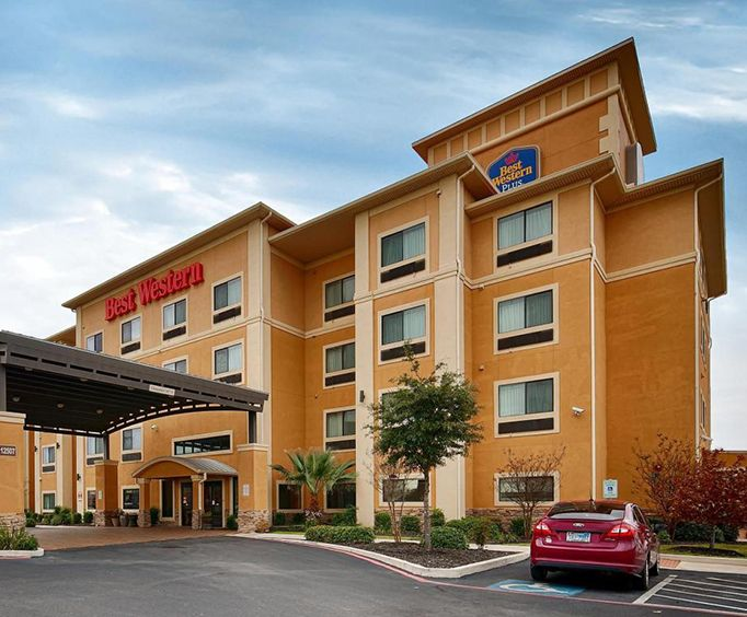 Exterior View of Best Western Plus Palo Alto Inn  Suites