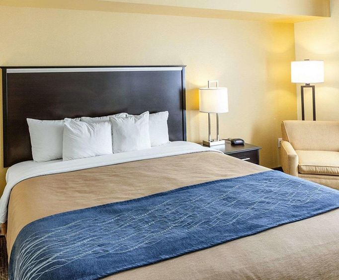 Photo of Comfort Inn  Suites Texas Hill Country-Boerne Room