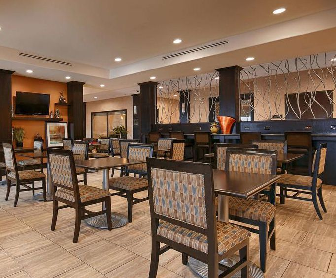 BEST WESTERN PLUS Lytle Inn  Suites General Picture