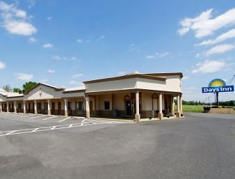 Exterior View of Days Inn Mcguire Dix