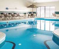 Comfort Inn River's Edge Indoor Swimming Pool