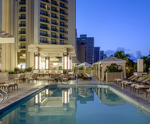 Outdoor Swimming Pool of Hyatt Regency Waikiki Beach Resort