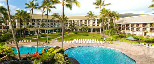 Outdoor Swimming Pool of Kauai Beach Resort
