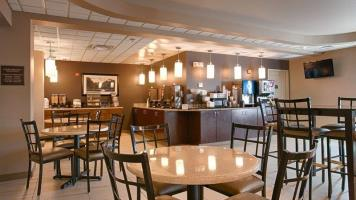 Best Western Plus Chena River Lodge Dining