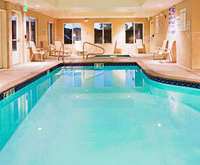 Holiday Inn Express & Suites Reno Indoor Pool
