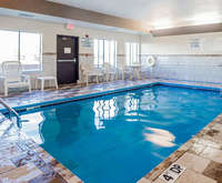 Quality Inn & Suites Altoona - Des Moines Indoor Swimming Pool