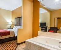 Montgomery Hotels with Jacuzzi Rooms