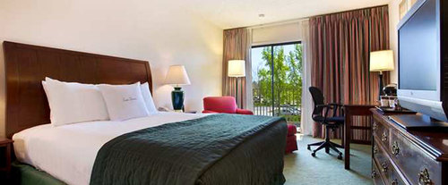 Room Photo for DoubleTree by Hilton Sacramento