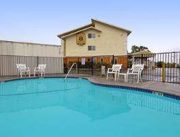 Outdoor Swimming Pool of Super 8 Sacramento/Florin Rd