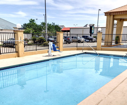Outdoor Swimming Pool of Quality Suites