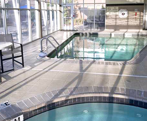 DoubleTree by Hilton Baton Rouge Indoor Pool