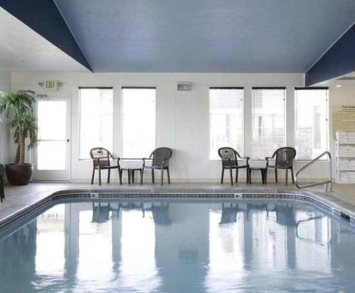 Hampton Inn Helena Indoor Swimming Pool