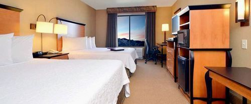 Photo of Hampton Inn & Suites Carson City Room
