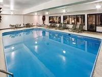 Hawthorn Suites by Wyndham Columbus West Indoor Swimming Pool
