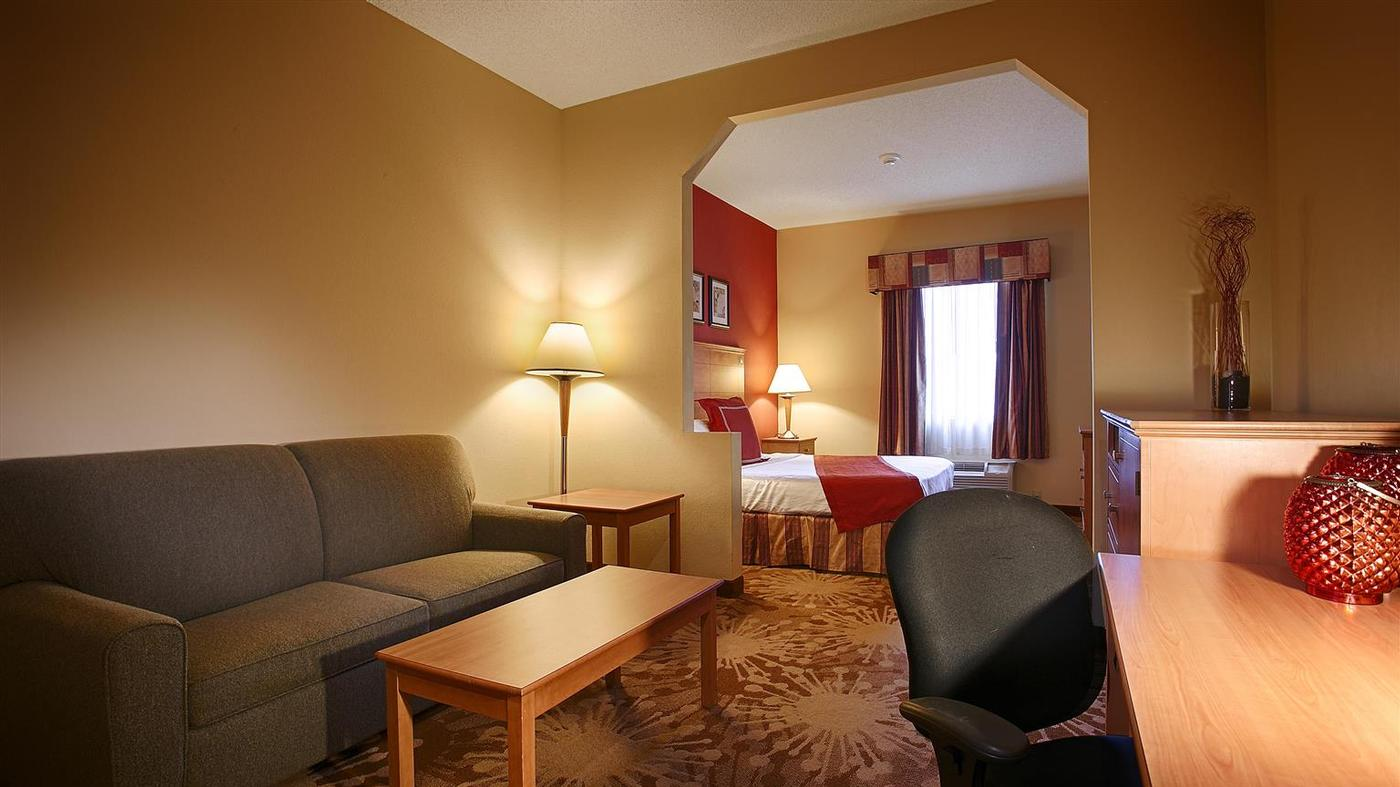 Room Photo for BEST WESTERN PLUS New Cumberland Inn & Suites