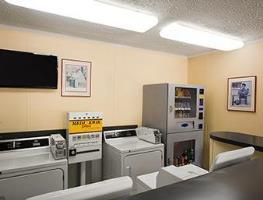 Guest Laundry Microtel Inn & Suites by Wyndham Columbia Two Notc