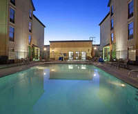 Outdoor Swimming Pool of Hampton Inn & Suites El Paso-Airport