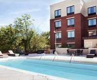 Outdoor Swimming Pool of Hampton Inn & Suites Chapel Hill-Carrboro/Downtown