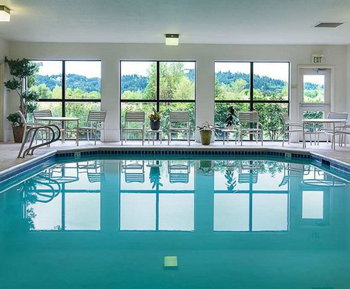 Hampton Inn Eugene Indoor Swimming Pool