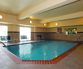 Comfort Suites Vicksburg Indoor Swimming Pool