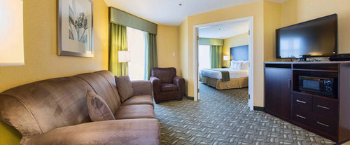 Photo of Holiday Inn Express Hotel & Suites San Jose-Morgan Hill Room