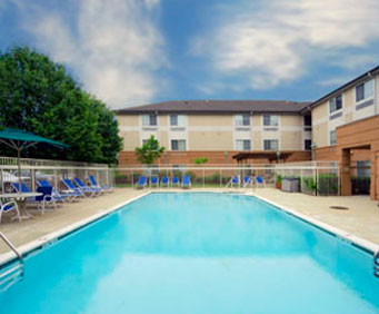 Outdoor Swimming Pool of Extended Stay America - Phoenix - Scottsdale